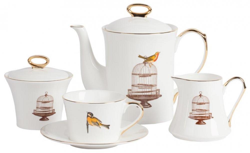 Чайный сервиз EncantoЧайные сервизы<br>Чайный сервиз Encanto на 4 персоны: 4 пары (чашка <br>+ блюдце), чайник, молочник и сахарница. Выполнен <br>из костяного фарфора, все предметы сервиза <br>декорированы изображением клетки для птичек <br>в коричневом тоне, ручки и края позолочены. <br>Такая элегантная роспись подойдет к любому <br>стилю сервировки.<br><br>Цвет: Белый, Коричневый, Золото<br>Материал: Костяной фарфор<br>Вес кг: 3<br>Длина см: 50<br>Ширина см: 50<br>Высота см: 40