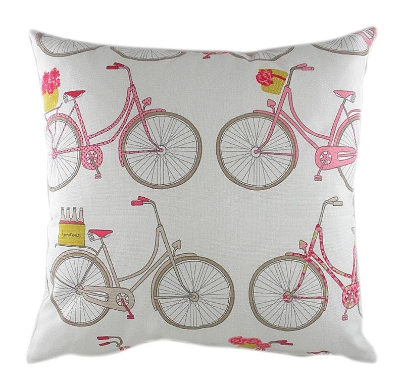 Подушка с велосипедами Summersdale Poppy