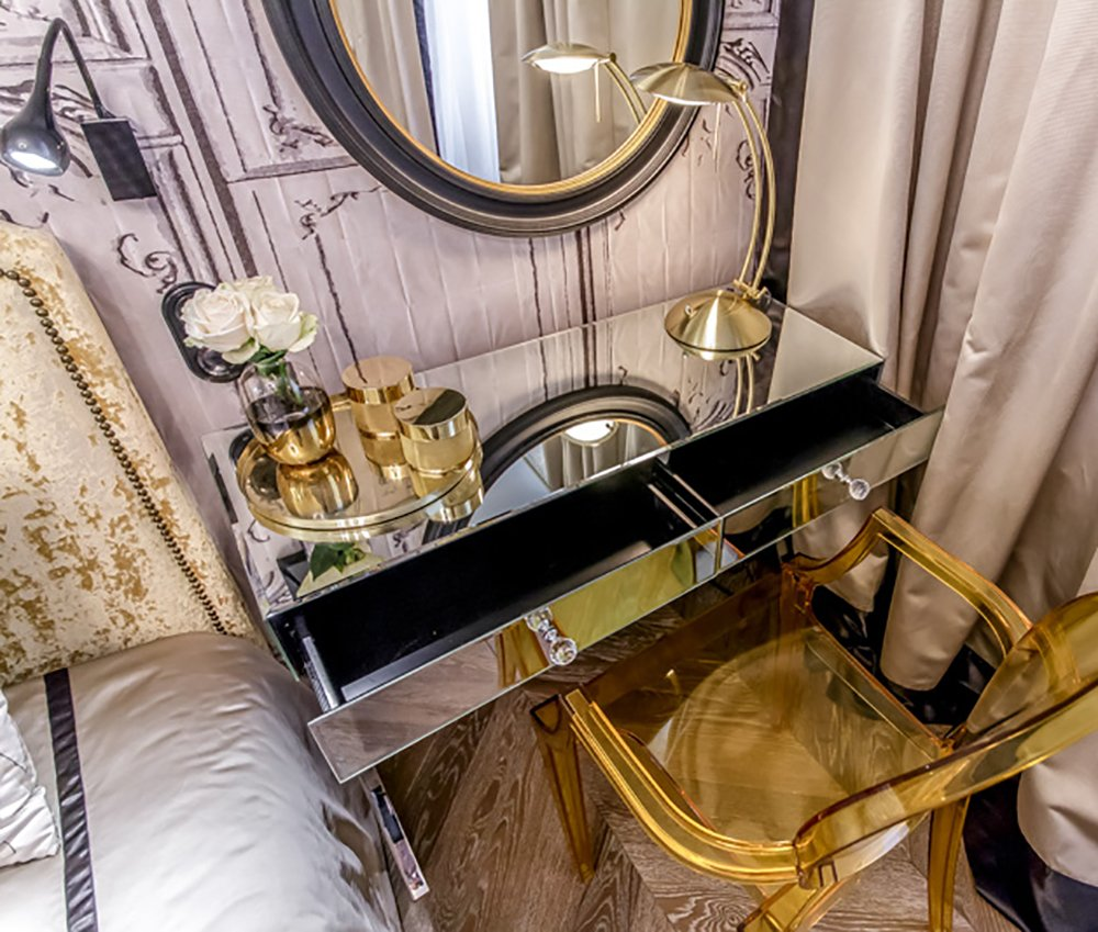 Зеркальный туалетный столик Vivien
