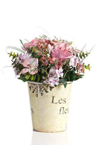 Цветы в горшке Provence