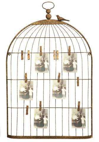 Экран для заметок Birds in CageДекор стен<br>Экран для заметок «Птички в клетке» выполнен <br>в виде стилизованной металлической клетки. <br>Оригинальное исполнение и практичный дизайн <br>удачно совмещены в этом изделии. Ваши заметки <br>и фотографии будут всегда на виду и в то <br>же время не разлетятся в разные стороны, <br>совсем как птички в клетке.<br><br>Цвет: Коричневый<br>Материал: Металл<br>Вес кг: 1,7<br>Длина см: 56<br>Ширина см: 5<br>Высота см: 89