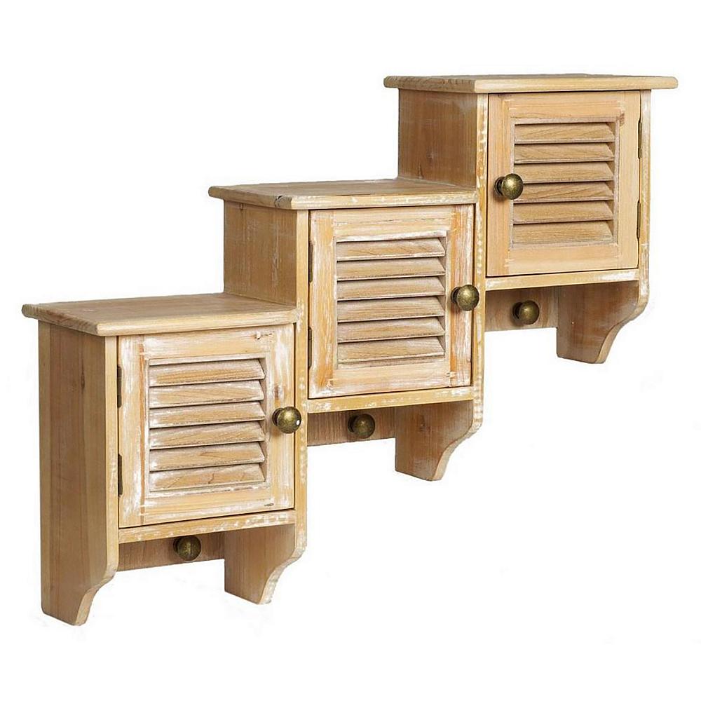 Настенные шкафчики ColetteАксессуары<br>Оригинальные настенные шкафчики Colette непременно <br>станут главным украшением вашего дома в <br>стиле «шебби шик». Неповторимый дизайн, <br>приятный цвет и использование натурального <br>дерева при изготовлении делает их ни с чем <br>несравнимыми и уникальными. В таком шкафчике <br>можно хранить любые предметы обихода, одежду, <br>аксессуары, а если сверху поставить цветы <br>или изысканные предметы декора, ваш дом <br>заиграет по-новому.<br><br>Цвет: Светло-коричневый<br>Материал: дерево (ель), МДФ<br>Вес кг: 3,4<br>Длина см: 64<br>Ширина см: 17<br>Высота см: 51