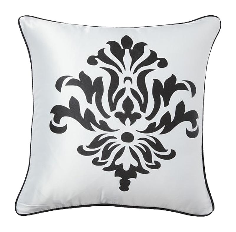 Подушка с геральдическими лилиями Fleur de Lys II White
