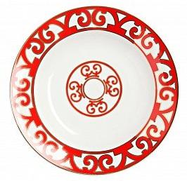 Тарелка для супа HeritageТарелки<br>Яркая и нарядная суповая тарелка коллекции <br>«Heritage» (Наследие) внесет праздничные нотки <br>в ежедневную трапезу, и украсит собой торжественный <br>обед. Тарелка изготовлена из костяного <br>фарфора высшего качества и декорирована <br>великолепным орнаментом в стиле модерн <br>(moderne) по краю и солярным символом в центре. <br>Очень выигрышно смотрится сочетание белоснежного <br>фарфора и алой отделки: простое и одновременно <br>контрастное, оно придает изделию эффектный, <br>сияющий вид. Как и другие изделия, серии <br>вы можете приобрести тарелку для супа отдельно <br>или в составе сервиза.<br><br>Цвет: Красный,белый<br>Материал: Костяной фарфор<br>Вес кг: 0,2<br>Длина см: 21<br>Ширина см: 21<br>Высота см: 1,2