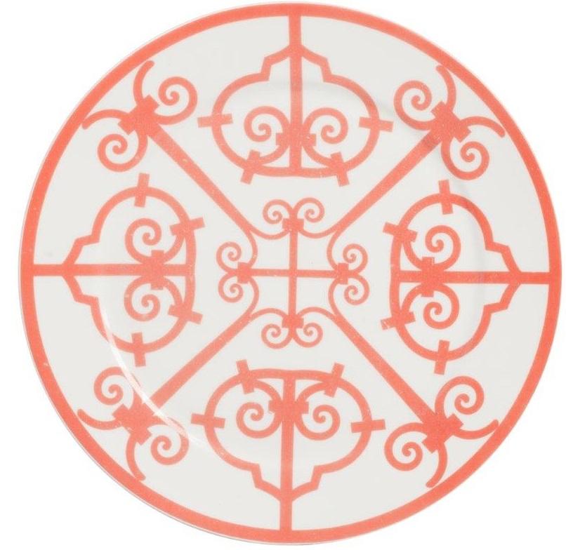 Блюдо SkarlettiБлюда<br>Выполненное из грубой керамики блюдо Skarletti <br>диаметром 27 см, украшенное оригинальным <br>красным орнаментом, благодаря чему оно <br>будет гармонично смотреться как во время <br>ежедневной трапезы, так и на праздничном <br>столе. Блюдо можно приобрести отдельно <br>или в дополнение к другим предметам коллекции.<br><br>Цвет: Красный, белый<br>Материал: Костяной фарфор<br>Вес кг: 0,4<br>Длина см: 27<br>Ширина см: 27<br>Высота см: 1,8
