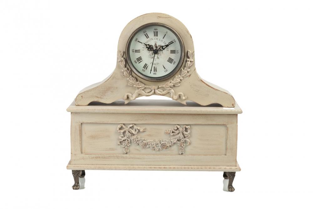 Настольные часы Bahnhof DG-HOME Настольные часы Bahnhof — многофункциональный  элемент декора интерьера в стиле «Шебби-шик».  С одной стороны, это уникальные и очаровательные  часы, которые всегда подскажут вам время.  С другой — шкатулка для хранения украшений  или других ценных вещей. Она может стать  вашим тайником. Аксессуар изготовлен из  МДФ и стекла, по поверхности часов имеется  изысканная резьба.