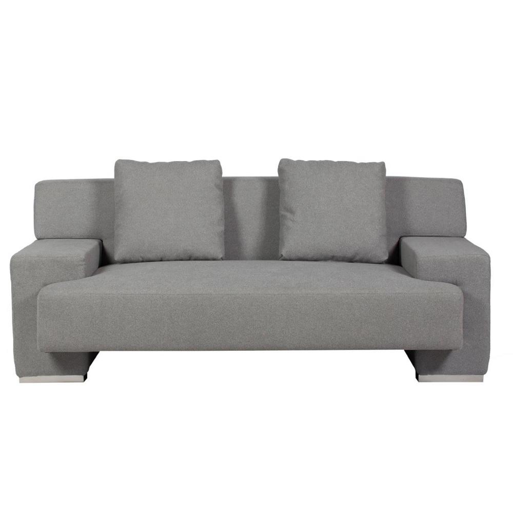 Диван Goodlife Светло-серый НейлонДиваны<br>Стильный диван Goodlife Sofa с удобным сиденьем, <br>комфортной спинкой и двумя мягкими подушками <br>станет главным украшением вашей гостиной <br>и превосходным местом отдыха. Приятный <br>светло-серый цвет обивки деревянного каркаса <br>на хромированных ножках позволяет предмету <br>мебели преобразить любой интерьер, а специальные <br>плоские подлокотники дают возможность <br>поставить на них поднос с любимым напитком <br>или закуской для приятного времяпрепровождения <br>перед телевизором или в компании близких <br>людей.<br><br>Цвет: Серый<br>Материал: Ткань, Поролон, Дерево, Металл<br>Вес кг: 54<br>Длина см: 165<br>Ширина см: 94<br>Высота см: 68