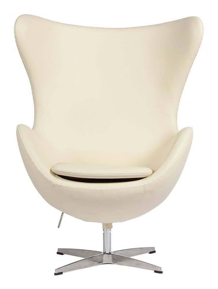 Кресло Egg Chair Кремовое Кожа Класса Премиум DG-HOME Кресло Egg Chair (Яйцо), созданное в 1958 году  датским дизайнером Арне Якобсеном, обладает  исключительной привлекательностью и узнаваемостью  во всем мире, занимает особое место в ряду  культовой дизайнерской мебели XX века. Оно  имеет экстравагантную форму и неординарное  исполнение, что позволило ему стать совершенным  воплощением классики нового времени. Кресло  Egg Chair, выполненное в форме яйца, подарит  огромное множество положительных эмоций  и заставляет обращать на него внимание.  Оно непременно задаёт основу для дизайна  того или иного помещения. Прочный и массивный  каркас из стекловолокна, обтянутый натуральной  кожей класса Премиум, и ножка из нержавеющей  стали гарантируют долгий срок службы и  устойчивость. Данное кресло — это поистине  не стареющая классика в футуристическом  исполнении! Купите великолепную реплику  кресла Egg Chair — изготовленное из высококачественных  материалов, оно понравится многим любителям  нестандартного видения обыденных и, притом,  качественных вещей.