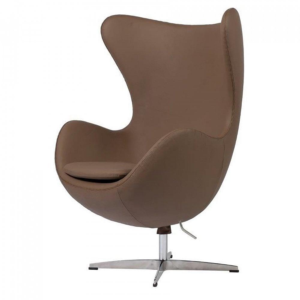 Кресло Egg Chair Коричневое Кожа Класса Премиум DG-HOME Кресло, которое воплощает в себе удобство  и интересные дизайнерские решения.Оно выполнено  из натуральной кожи элитного класса из  Италии, кресло выполнено в нейтральном  песочном цвете, будет отлично сочетаться  с деревянной мебелью того же оттенка. Каркас  кресла сделан из стекловолокна, а устойчивая  ножка – из нержавеющей стали.