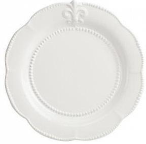 Блюдо Tess CreamБлюда<br>Элегантное блюдо Tess Cream кремового цвета, <br>выполненное из грубой керамики и декорированное <br>изображением геральдической лилии и окантовкой, <br>станет украшением любого стола, сервированного <br>к приему гостей или важному торжеству. Тарелку <br>можно приобрести отдельно или в дополнение <br>к другим предметам коллекции Tess.<br><br>Цвет: Бежевый<br>Материал: Грубая керамика<br>Вес кг: 1,4<br>Длина см: 34,29<br>Ширина см: 34,29<br>Высота см: 1