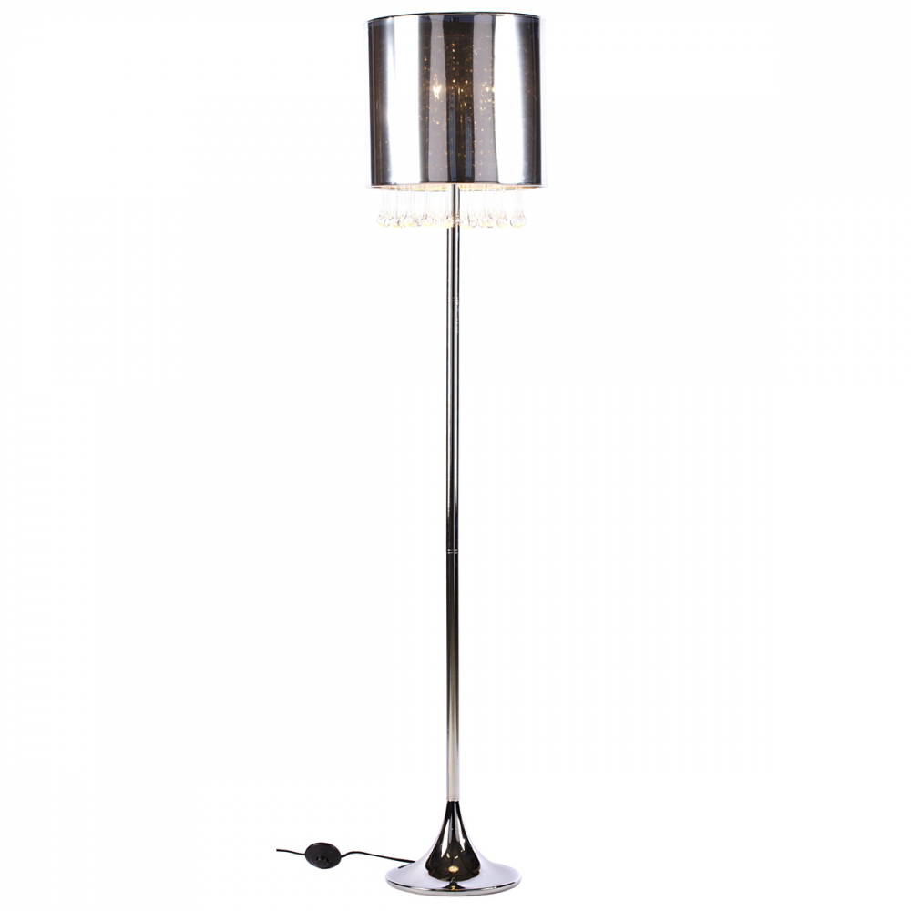 Торшер Amber DG-HOME Строгая, стильная напольная лампа с полупрозрачным  абажуром из ПВХ и изящными стеклянными  подвесками. Этот удобный элегантный торшер  удачно подчеркнет классический и современный  интерьер, создаст мягкое рассеянное освещение  и атмосферу гармонии и уюта. Размеры абажура:  диаметр 34 см, высота 30 см.
