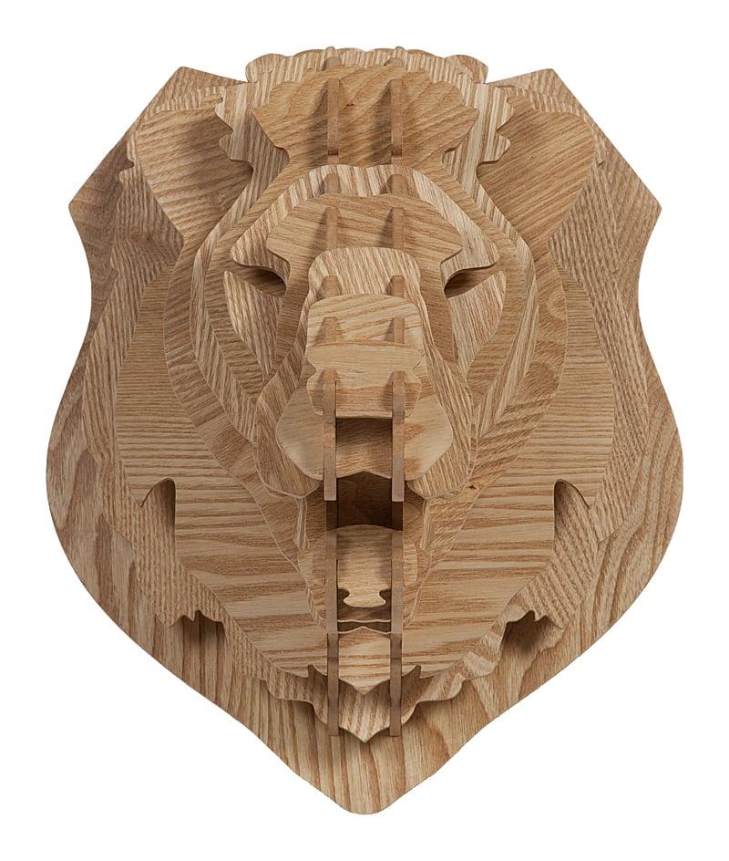 Декоративная голова льва Barlok Sand DG-HOME Декоративная голова льва Barlok Sand внесет  разнообразие в любой интерьер помещения.  Она выполнена из прочного и надежного МДФ,  имеет приятный коричневый цвет с текстурой  и отличается высоким композиционным стилем.  Смелое дизайнерское решение для современного  дома!