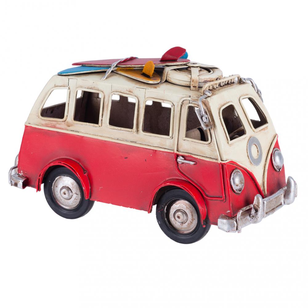 Модель автобуса  красного цвета