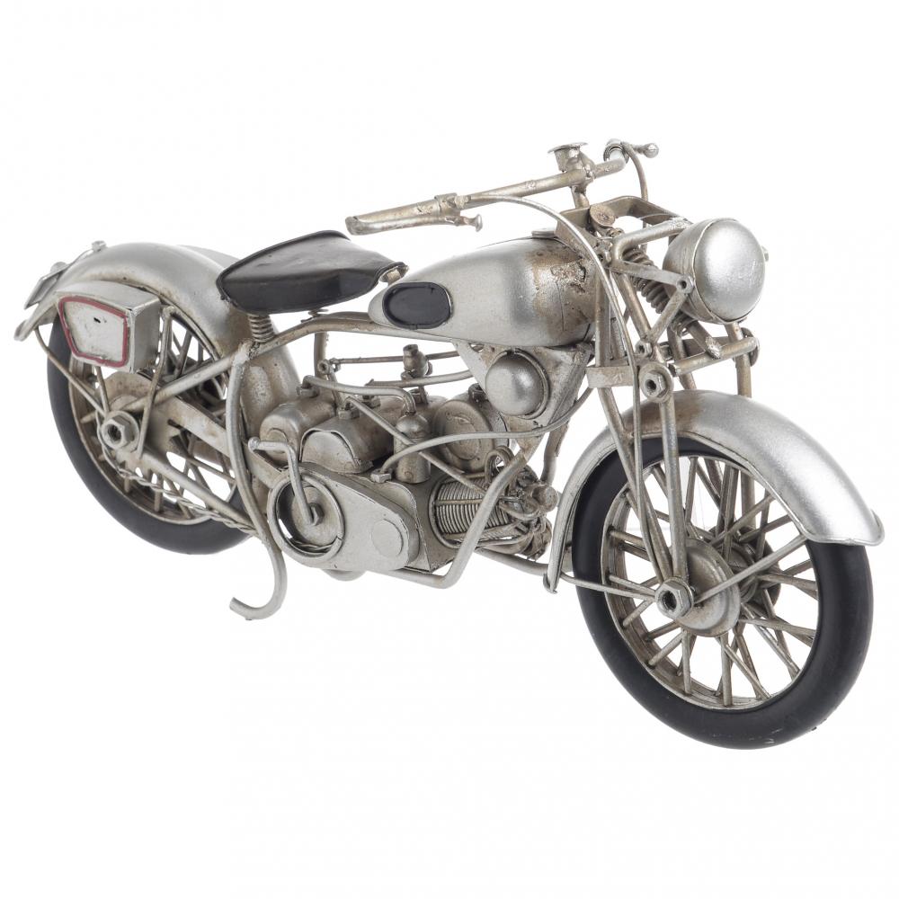 Модель мотоцикла  серебристого цвета
