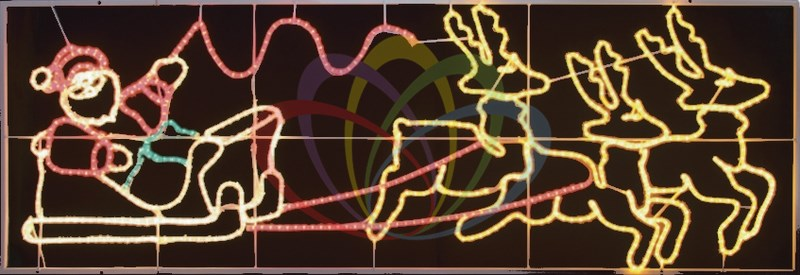 Фигура световая Олени везут Санта Клауса на санях, 88x266 см