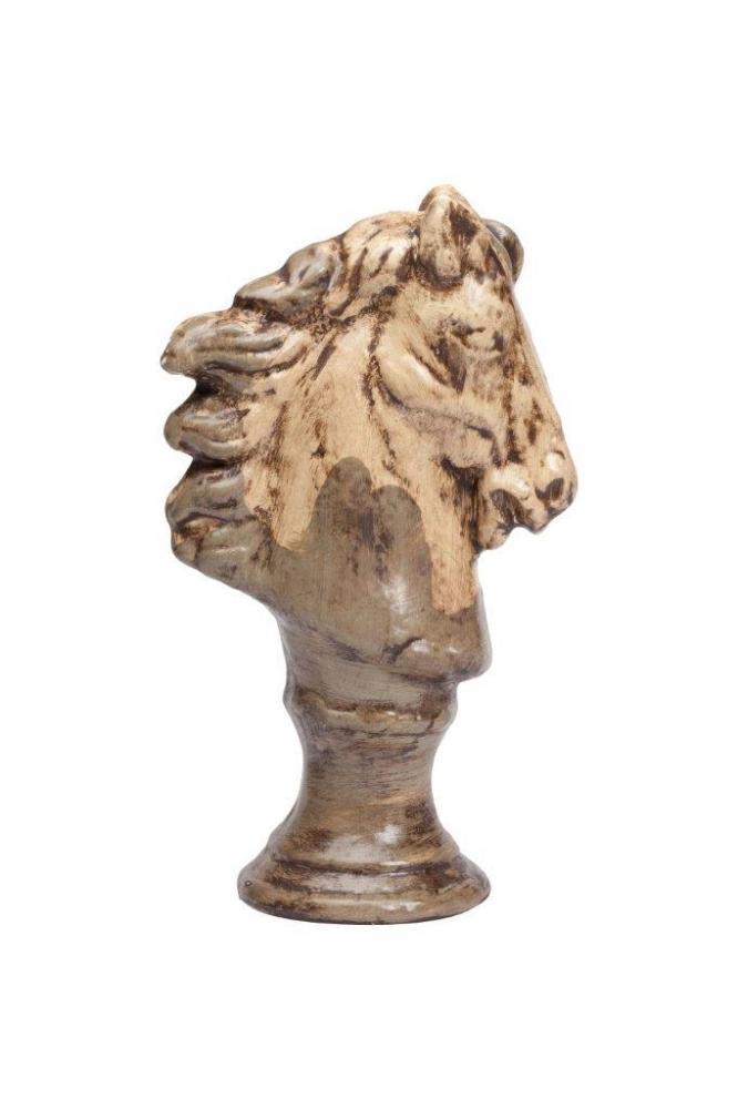 Предмет декора статуэтка голова лошади Статуэтки<br>Каждый, кто любит окружать себя простыми <br>старинными предметами из натуральных материалов, <br>наверняка купит бюст лошади в виде шахматной <br>фигуры, которая выполнена из керамики в <br>коричневом цвете с признаками состаривания <br>данного аксессуара. В коллекцию Espion входят <br>статуэтки трех разных размеров. Приобретите <br>полный комплект для украшения вашего интерьера.<br><br>Цвет: Коричневый, Бежевый<br>Материал: Керамика<br>Вес кг: 1,2<br>Длина см: 9<br>Ширина см: 16<br>Высота см: 27