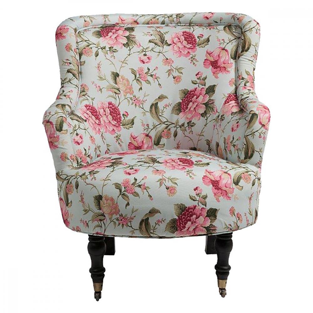 Кресло SelucheКресла<br>Мягкое кресло Seluche с подлокотниками и округлым <br>сиденьем изготовлено на деревянном каркасе <br>с изящными передними ножками на колёсиках, <br>задние — красиво изогнуты. Такая конфигурация, <br>выполняя роль декоративного элемента, в <br>то же время придает креслу дополнительную <br>устойчивость. Романтичная обивка из натуральной <br>хлопковой ткани полностью покрывает кресло <br>и не требует никакого особенного ухода. <br>Кресло Seluche выглядит столь необычно и нежно, <br>что неизменно становится центром обстановки. <br>Это, без преувеличения, воплощение незатейливой <br>элегантности, способное стать украшением <br>любого интерьера. Благодаря оригинальной <br>форме, данное кресло очень вместительно, <br>так что располагаться в нем — истинное <br>удовольствие!<br><br>Цвет: Разноцветный<br>Материал: Дерево, Ткань, Поролон<br>Вес кг: 11<br>Длина см: 76<br>Ширина см: 84<br>Высота см: 94