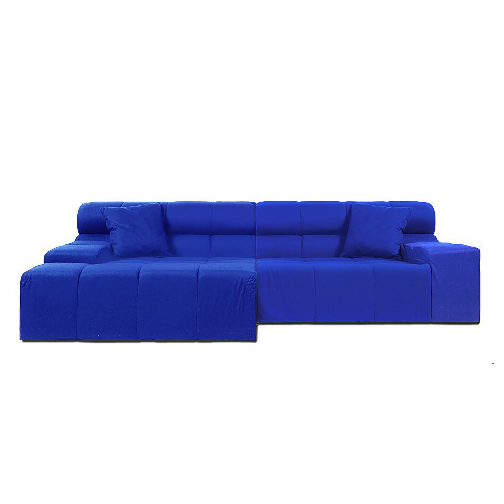 Диван Tufty-Time Sofa Blue ШерстьДиваны<br>Диван Tufty-Time Sofa Blue выполнен на деревянном <br>каркасе, состоит из двух разных половинок, <br>отличающихся по ширине, с плоскими подлокотниками, <br>наполнитель — мебельный поролон, с двумя <br>декоративными подушками под спину. Диван <br>Tufty-Time Sofa словно бросает вызов всему симметричному <br>и пропорциональному. Два элемента можно <br>использовать совместно, также есть возможность <br>«разделить» секции и расставить их по своему <br>вкусу. Обивка выполнена из синей ткани. <br>Диван обладает и непревзойденным удобством, <br>долговечностью и надежностью, изготовлен <br>из абсолютно безопасных натуральных материалов. <br>Дизайн дивана от Патрисии Уркиола (Patricia <br>Urquiola)! Удобный аксессуар для современного <br>стиля гостиной.<br><br>Цвет: Синий<br>Материал: Шерсть, Дерево, Металл<br>Вес кг: 74<br>Длина см: 286<br>Ширина см: 145<br>Высота см: 76