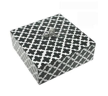Коробка декоративная чёрная / белая малая