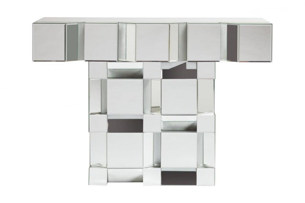Зеркальная консоль LassitudeТуалетные столики (консоли)<br>Зеркальная консоль Lassitude — это роскошный <br>предмет мебели, который придется по вкусу <br>ценителям изысканных и дорогих вещей. Основание <br>аксессуара изготовлено из МДФ, а по всей <br>его поверхности расположены зеркала, отражающие <br>блики света и визуально увеличивающие пространство, <br>за счет этого консоль идеально впишется <br>в любую комнату вашего дома. Украсьте ваш <br>интерьер!<br><br>Цвет: Зеркальный<br>Материал: МД, Зеркало<br>Вес кг: 25<br>Длина см: 112,5<br>Ширина см: 35,5<br>Высота см: 83