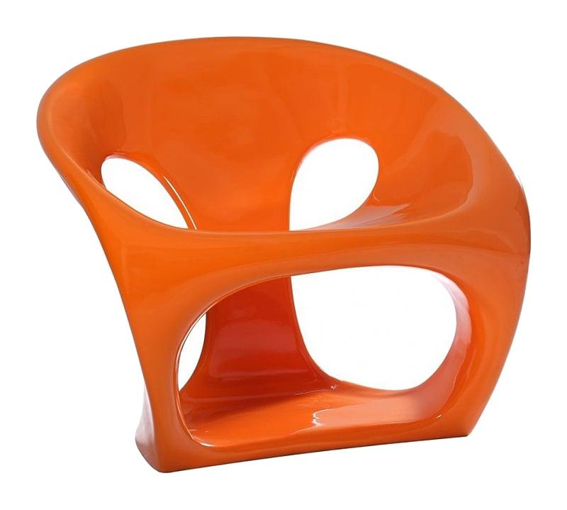 Кресло Hara Chair ОранжевоеУличная и садовая мебель<br>Дизайнеркое кресло Hara от Giorgio Gurioli идеально <br>подходит для использования на открытом <br>воздухе, благодаря большой устойчивости <br>материала к тепловому воздействию. Сочный <br>оранжевый цвет привлекает внимание, а оригинальный <br>дизайн напоминает о морском гроте, которому <br>волны и ветер придали интересную форму. <br>Кресло исключительно эргономично и комфортабельно, <br>а его форма обеспечивает максимальную устойчивость. <br>Прочный пластик легко моется, поэтому изделие <br>можно использовать как в интерьере дома, <br>так и в саду.<br><br>Цвет: Оранжевый<br>Материал: Стеклопластик<br>Вес кг: 13<br>Длина см: 69<br>Ширина см: 67<br>Высота см: 63