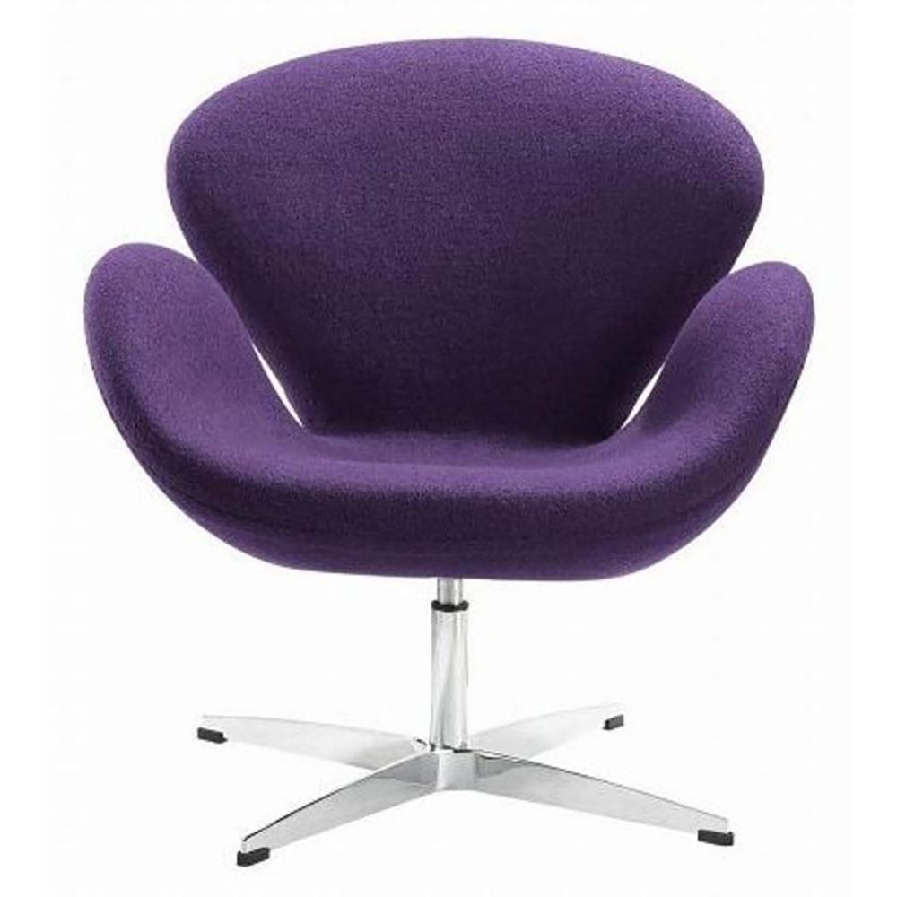 Кресло Swan Chair Фиолетовая ШерстьКресла<br>Кресло Swan Chair (Лебедь), созданное датским <br>дизайнером Арне Якобсеном (Arne Jacobsen) в 1958 <br>г., стало настоящей сенсацией для своего <br>времени, было достаточно инновационным, <br>т.к. вместо прямых линий предпочтение было <br>отдано округлым формам. Мебель этого дизайнера <br>давно вошла в историю мебелестроения и <br>стало шедевром, мировым достоянием искусства. <br>Элегантная анатомическая форма и небольшие <br>размеры делают его привлекательным элементом <br>оформления любого интерьера и по сей день. <br>Небольшое, но очень уютное кресло смотрится <br>современно и украсит гостиную или рабочий <br>кабинет. Идеально сочетается с предметами <br>мебели в стиле хай-тек. Каркас кресла представляет <br>собой раковину из стекловолокна, покрытую <br>пенополиуретаном. Сидение крепится на вращающемся <br>крестообразном основании из нержавеющей <br>стали. Обивка кресла сделана из шерстяной <br>ткани. В нашем магазине можно приобрести <br>отличную реплику кресла Swan Chair в нескольких <br>вариантах обивки.<br><br>Цвет: Фиолетовый<br>Материал: Шерсть, Металл<br>Вес кг: 25<br>Длина см: 71<br>Ширина см: 70<br>Высота см: 78