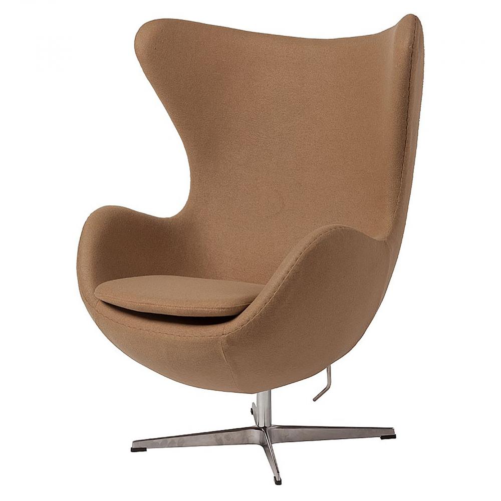 Кресло Egg Chair Тёмно-бежевое 100% КашемирКресла<br>Кресло Egg Chair (Яйцо) было создано в 1958 году <br>датским дизайнером Арне Якобсеном специально <br>для интерьеров отеля Radisson SAS в Копенгагене. <br>Кресло обладает исключительной привлекательностью <br>и узнаваемостью во всем мире, занимает особое <br>место в ряду культовой дизайнерской мебели <br>XX века. Оно имеет экстравагантную форму <br>и неординарное исполнение, что позволило <br>ему стать совершенным воплощением классики <br>нового времени. Кресло Egg Chair, выполненное <br>в форме яйца, подарит огромное множество <br>положительных эмоций и заставляет обращать <br>на него внимание. Оно непременно задаёт <br>основу для дизайна того или иного помещения. <br>Прочный каркас из стекловолокна, обтянутый <br>100% кашемировой тканью тёмно-бежевого цвета, <br>закрепленный на ножке из нержавеющей стали, <br>гарантирует долгий срок службы и устойчивость. <br>Купите великолепную реплику кресла Egg Chair <br>— изготовленное из высококачественных <br>материалов, оно понравится многим любителям <br>нестандартного видения обыденных и, притом, <br>качественных вещей.<br><br>Цвет: Бежевый<br>Материал: Кашемир, Металл<br>Вес кг: 37<br>Длина см: 82<br>Ширина см: 76<br>Высота см: 105