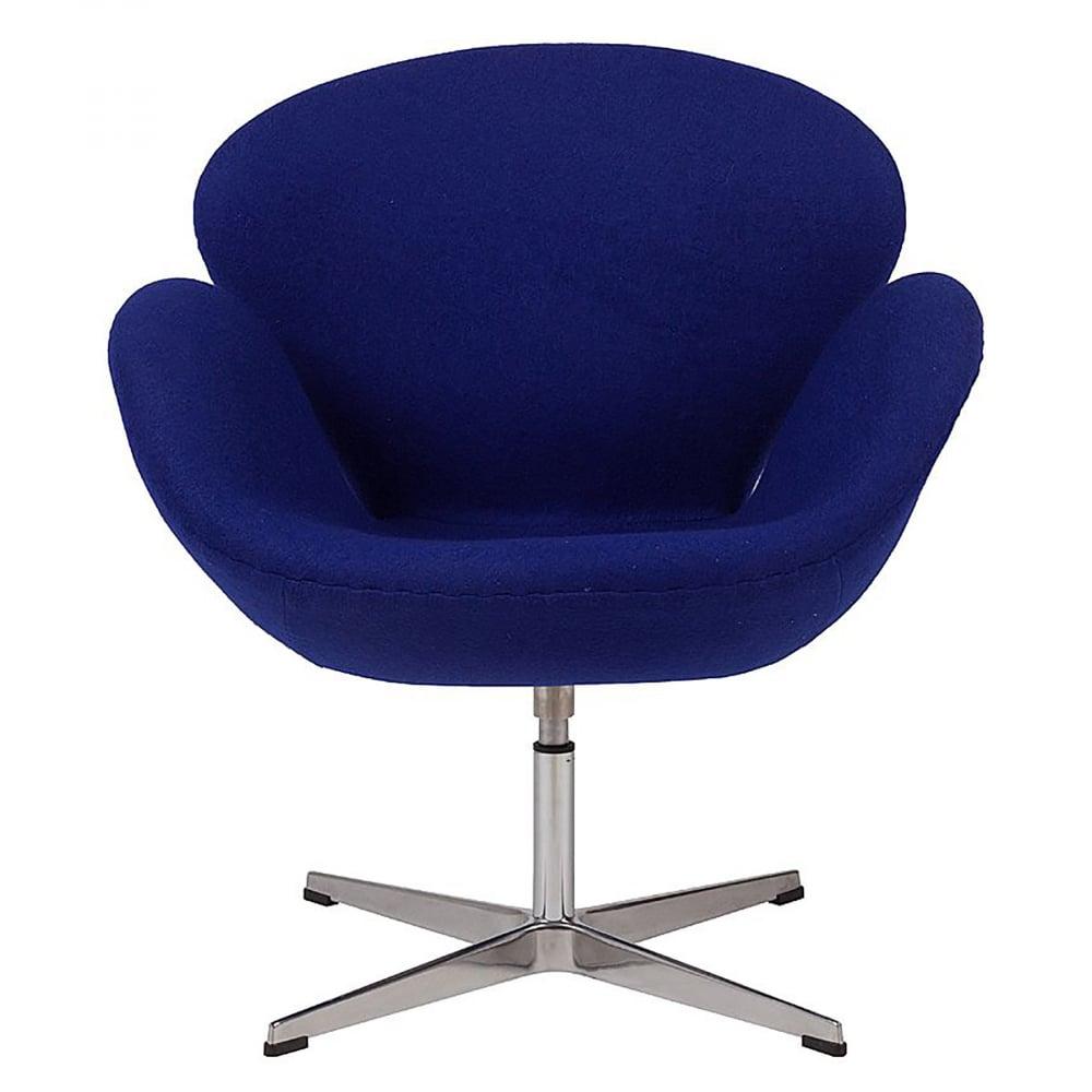 Кресло Swan Chair Синяя ШерстьКресла<br>Кресло Swan Chair (Лебедь), созданное датским <br>дизайнером Арне Якобсеном (Arne Jacobsen) в 1958 <br>г., стало настоящей сенсацией для своего <br>времени, было достаточно инновационным, <br>т.к. вместо прямых линий предпочтение было <br>отдано округлым формам. Мебель этого дизайнера <br>давно вошла в историю мебелестроения и <br>стало шедевром, мировым достоянием искусства. <br>Элегантная анатомическая форма и небольшие <br>размеры делают его привлекательным элементом <br>оформления любого интерьера и по сей день. <br>Небольшое, но очень уютное кресло смотрится <br>современно и украсит гостиную или рабочий <br>кабинет. Идеально сочетается с предметами <br>мебели в стиле хай-тек. Каркас кресла представляет <br>собой литую раковину из стекловолокна, <br>покрытую пенополиуретаном. Сидение крепится <br>на вращающемся крестообразном основании <br>из нержавеющей стали. Обивка кресла сделана <br>из шерстяной ткани синего цвета. В нашем <br>магазине можно приобрести отличную реплику <br>кресла Swan Chair в нескольких вариантах обивки.<br><br>Цвет: Синий<br>Материал: Шерсть, Металл<br>Вес кг: 25<br>Длина см: 71<br>Ширина см: 70<br>Высота см: 78