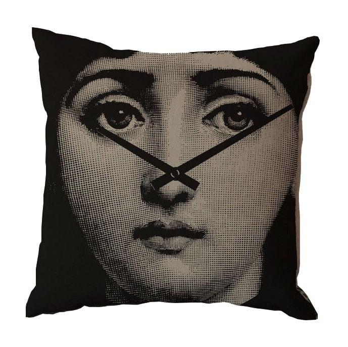 Подушка с портретом Лины Пьеро Форназетти Shooters