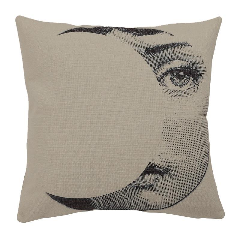 Подушка с портретом Лины Пьеро Форназетти Moon