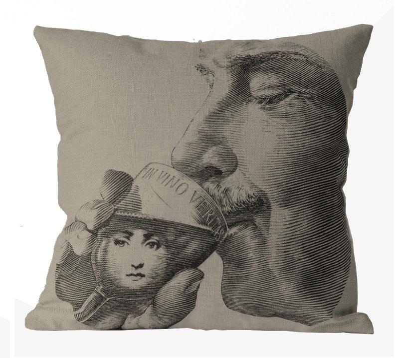 Подушка с портретом Лины Пьеро Форназетти Thirst