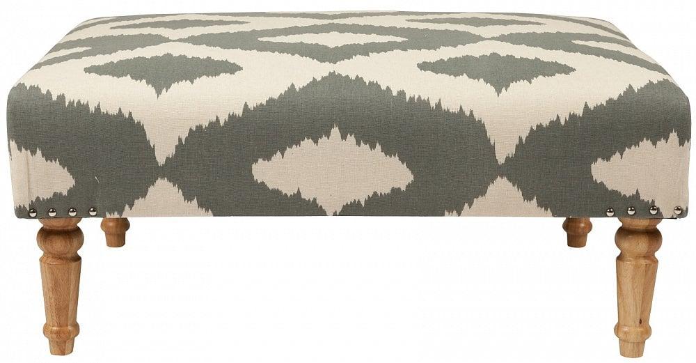 Оттоманка Hypnosis Ottoman Орнамент ЛенПуфы и оттоманки<br>Оттоманка Hypnosis Ottoman — легкий пуф на точёных <br>деревянных ножках. Обивка из натуральной <br>льняной ткани с бело-серым элегантным рисунком <br>выглядит строго, но, в то же время, очень <br>красиво и шикарно. Удобная, красивая, компактная <br>оттоманка Hypnosis Ottoman выгодно дополнит любой <br>рабочий кабинет, гостиную, спальню.<br><br>Цвет: Белый, Серый, Коричневый<br>Материал: Ткань, Поролон, Дерево<br>Вес кг: 4<br>Длина см: 90<br>Ширина см: 70<br>Высота см: 42