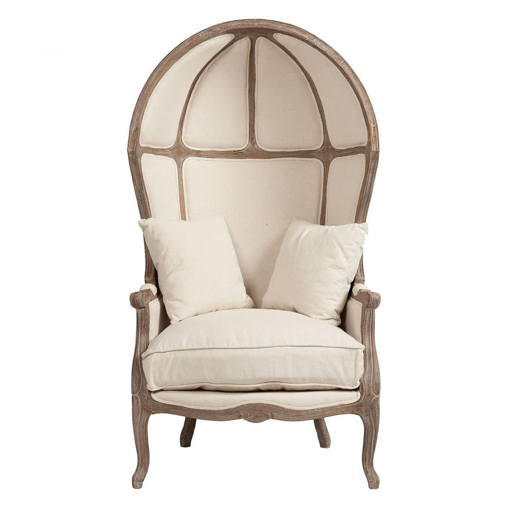 Кресло с капюшоном Versailles Chair Белый ЛенКресла<br>Кресло с капюшоном Versailles во французском <br>стиле XVIII века. Это кресло оригинального <br>дизайна, несомненно, станет акцентом как <br>классического, так и современного интерьера. <br>Резное обрамление из благородной древесины <br>дуба восхищает мастерством исполнения. <br>Поверхность кресла обита натуральной льняной <br>тканью бежевого цвета. Пухлая съёмная подушка <br>сиденья и дополнительные мягкие подподушечки <br>прибавляют ощущения комфорта. Даже если <br>вы и не живете в 18-м веке в замке во Франции, <br>кресло Versailles позволит окунуться в ту эпоху. <br>Сидя в этом «кресле-карете», можно дать <br>волю воображению и перенестись, например, <br>в Версаль…<br><br>Цвет: Белый<br>Материал: Ткань, Поролон, Дерево<br>Вес кг: 18<br>Длина см: 85<br>Ширина см: 75<br>Высота см: 156
