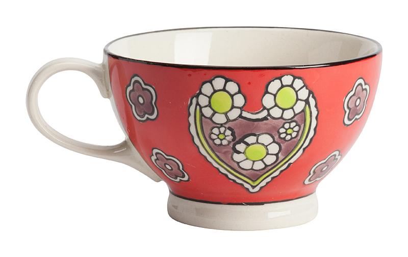 Чашка, раскрашенная вручную LeoneЧашки<br>Уникальная чашка Leone, изготовленная из <br>грубой керамики и раскрашенная вручную <br>цветами и сердечками, — такая необычная <br>чашка, наверняка, станет предметом гордости <br>любой хозяйки. Оригинальная чашка раскрасит <br>ваши будни и сделает чаепитие поистине <br>неповторимым. К тому же, интересная чашка <br>для употребления чая или кофе может стать <br>отличным подарком для родственников и близких <br>людей.<br><br>Цвет: Красный<br>Материал: Грубая керамика<br>Вес кг: 0,3