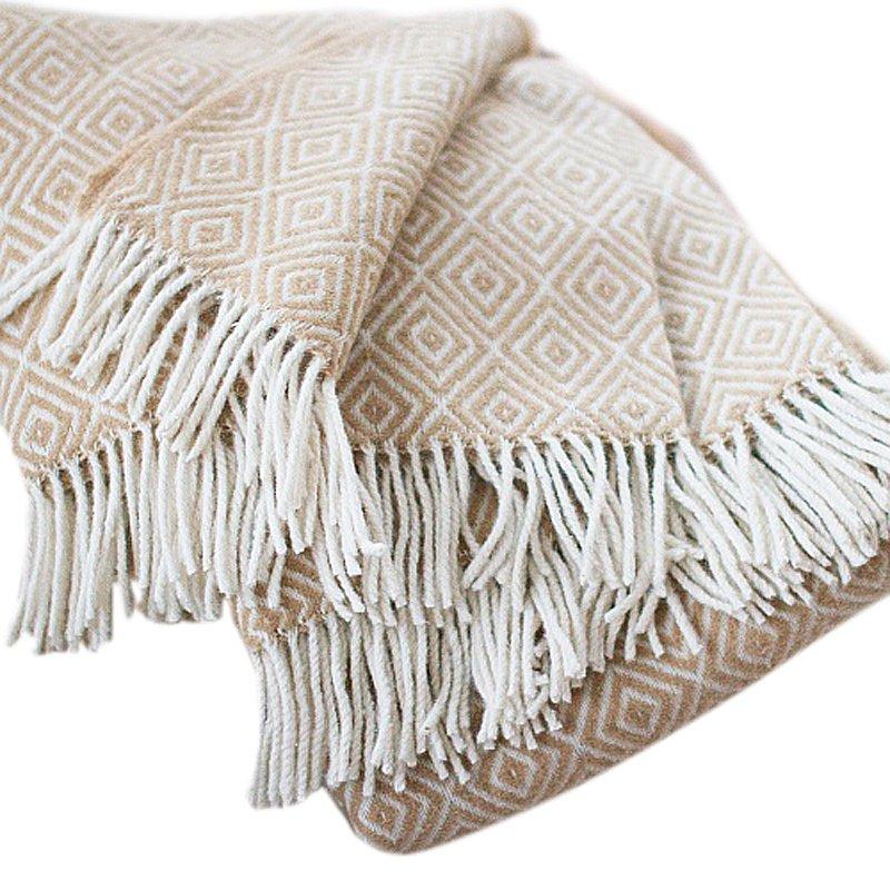 Купить Бежевый шерстяной плед в интернет магазине дизайнерской мебели и аксессуаров для дома и дачи