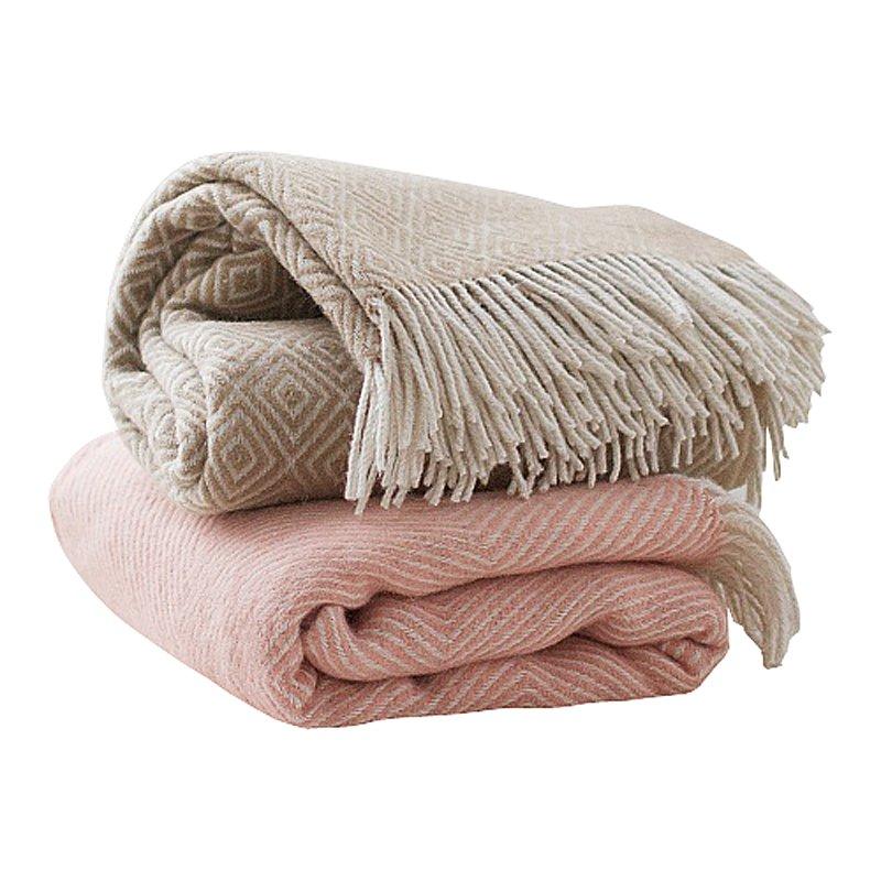 Купить Розовый шерстяной плед в интернет магазине дизайнерской мебели и аксессуаров для дома и дачи