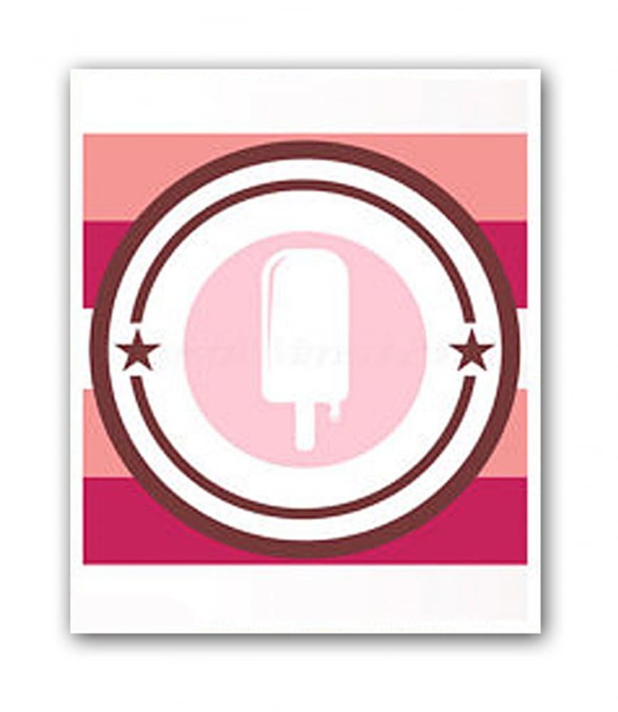 Постер Ice cream А4Постеры<br>К декору детской комнаты необходимо подходить <br>с не меньшей ответственностью, чем к интерьеру <br>своей гостиной. Украшайте детские комнаты <br>познавательными и добрыми, весёлыми и уютными <br>постерами, они порадуют ребят и родителей, <br>создадут необычайную атмосферу в доме. <br>Дети всегда проявляют искренний интерес <br>к настенным постерам — глядя на них, постоянно <br>придумывают различные истории, проявляют <br>свою фантазию. При выборе постера обязательно <br>надо обратить внимание и на увлечения ребёнка. <br>Большое разнообразие постеров для детских <br>комнат в нашем интернет-магазине позволит <br>вам без труда подобрать подходящий сюжет <br>и цветовую гамму. Вы сможете найти много <br>познавательных постеров с алфавитом, разнообразными <br>надписями и узорами, представителями флоры <br>и фауны, персонажами любимых сказок и мультиков. <br>Купите детский постер в нашем интернет-магазине, <br>он обязательно добавит хорошего настроения <br>вашему малышу! Размер А4 (210x297 мм). Рамки белого, <br>черного, серебряного, золотого цветов. Выбирайте!<br><br>Цвет: Розовый, Красный, Белый<br>Материал: Бумага<br>Вес кг: 0,3<br>Длина см: 30<br>Ширина см: 21<br>Высота см: None