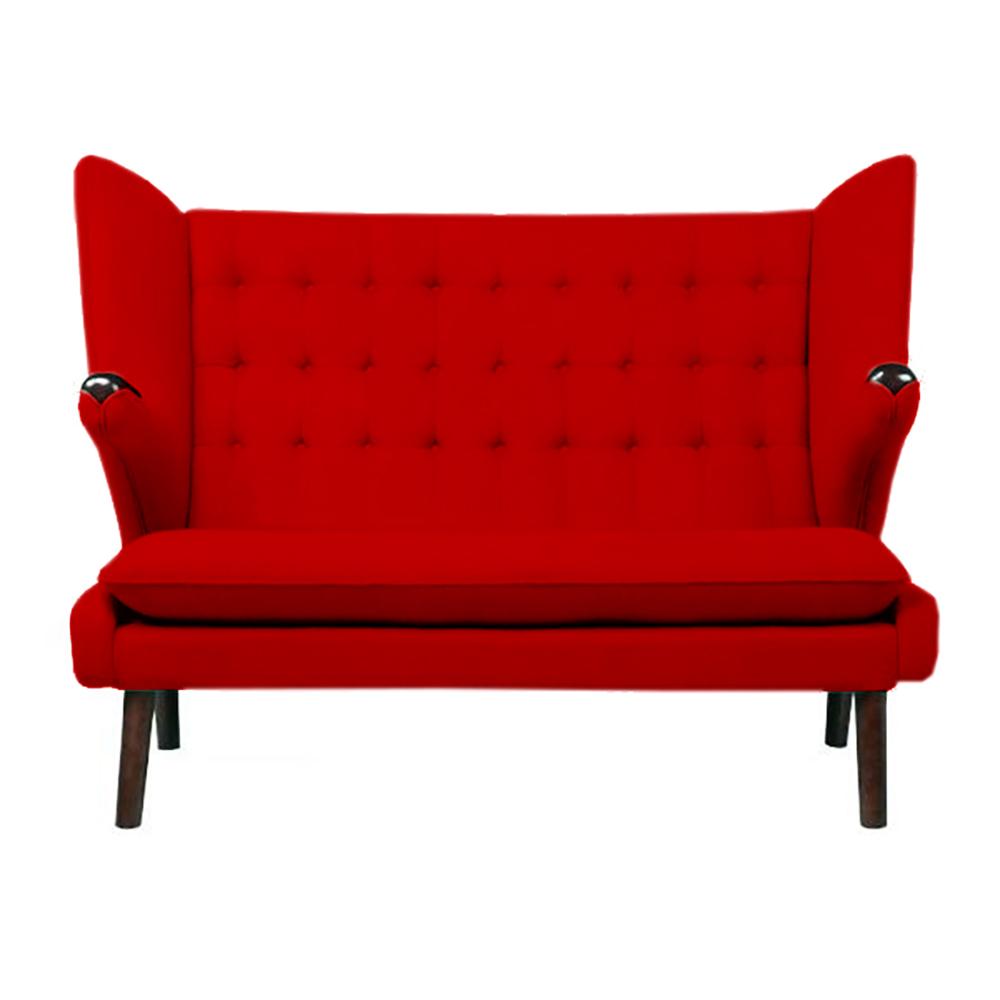 Диван Papa Bear (красный), DG-F-SF309-3  Диван Papa Bear Sofa — изысканный предмет мебели  на высоких деревянных ножках, который поможет  не только украсить любую комнату или кабинет,  но и ограничить зону отдыха от общего пространства.  Прочный деревянный каркас на деревянных  ножках, превосходный красный цвет обивки  позволяет диванчику удачно сочетаться  с общей картиной помещения. Papa Bear Sofa добавит  дому уюта, тепла и прекрасно впишется как  в классический, так и в современный интерьер.