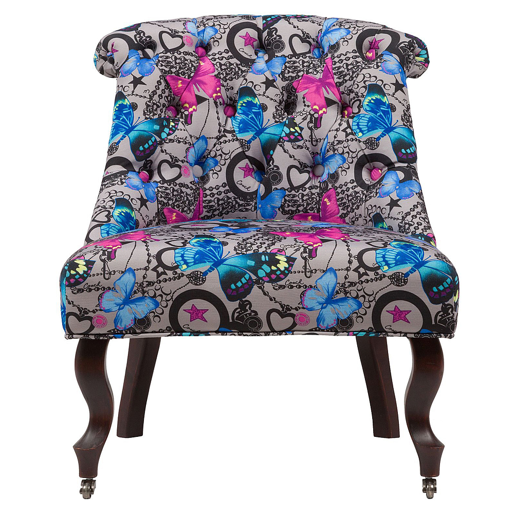 Кресло Amelie French Country Chair БабочкиКресла<br>Изысканное кресло Amelie French Country в стиле модерн <br>сделает дизайн интерьера любого дома ярким <br>и изысканным. Шикарная обивка деревянного <br>каркаса с кнопками выполнена из высококачественной <br>ткани серого цвета, декорированной рисунком <br>разноцветных бабочек. Сидение имеет необычайно <br>удобную форму — изогнутость спинки повторяет <br>очертание спины человека, поэтому такое <br>кресло не только украсит ваш дом, но и станет <br>комфортным местом для отдыха. Изящно изогнутые <br>передние ножки оснащены латунными колесиками, <br>изготовлены из прочного натурального дерева <br>насыщенного коричневого цвета.<br><br>Цвет: Серый, Разноцветный<br>Материал: Дерево, Ткань<br>Вес кг: 11<br>Длина см: 64<br>Ширина см: 69<br>Высота см: 76