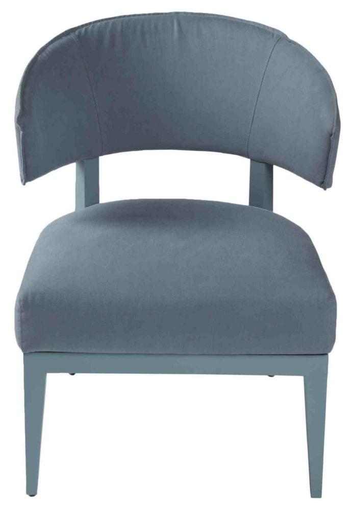 Кресло Lenie / 150222 (Lenie), 05553Кресла<br>Создавая это миниатюрное кресло, дизайнеры <br>PORADA не остановились на потрясающей статной <br>конструкции и дорогих материалах. Они осмелились <br>наградить Lenie дымчатым голубым цветом, который <br>будет роскошен как на фоне серых необработанных <br>стен модного лофта, так и в изысканной нео-классике.<br><br>Цвет: None<br>Материал: None<br>Вес кг: None