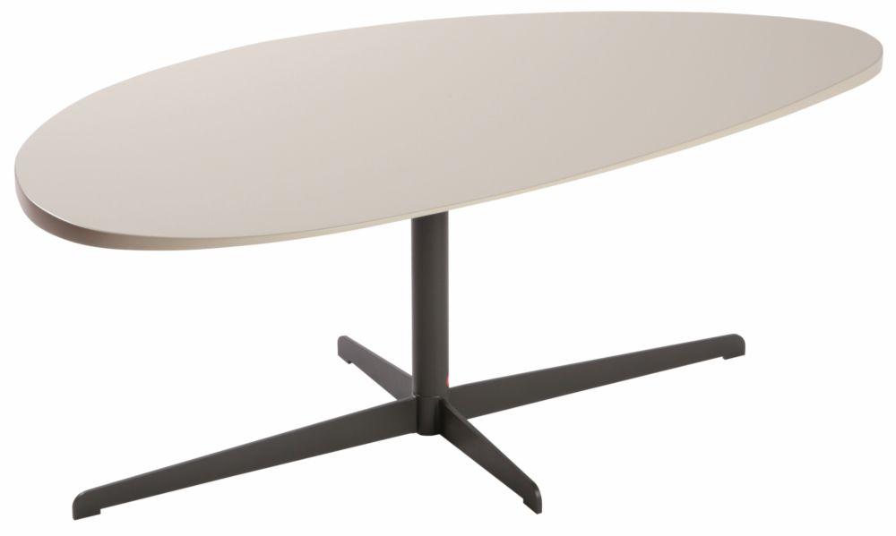 Стол журнальный Leaf V / E#3039 (Leaf V), 02496Кофейные и журнальные столы<br>Этот экстравагантный стол, безусловно, <br>заслуживает быть окруженным смелым дизайнерским <br>интерьером, но если Вы хотите дополнить <br>строгое современное пространство единственной <br>яркой деталью, столешница неправильной <br>формы – идеальный для этого вариант. Стиль <br>Новой Волны вновь напоминает о своем существовании, <br>но, как того требуют модные тренды, уже в <br>более спокойных, нежных кремовых тонах.<br><br>Цвет: None<br>Материал: None<br>Вес кг: None