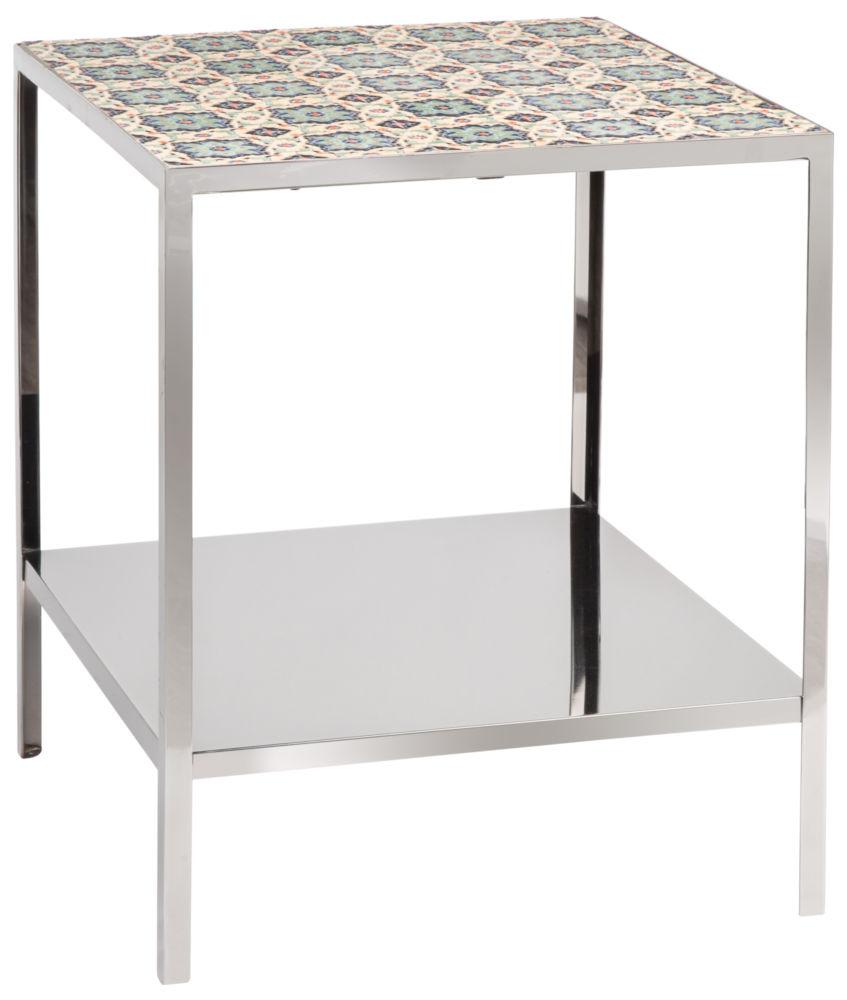 Стол журнальный Graphite / HF12155 (Graphite), 06358Кофейные и журнальные столы<br>Строгий и лаконичный, этот стол вольется <br>в бескомпромиссный минималистический интерьер <br>или станет прекрасным фоном для яркого <br>дизайнерского декора. Хрупкий и изящный <br>с виду, Graphite создан из прочных материалов, <br>что позволит ему вести активный образ жизни, <br>вместе со своим хозяином.<br><br>Цвет: None<br>Материал: None<br>Вес кг: None