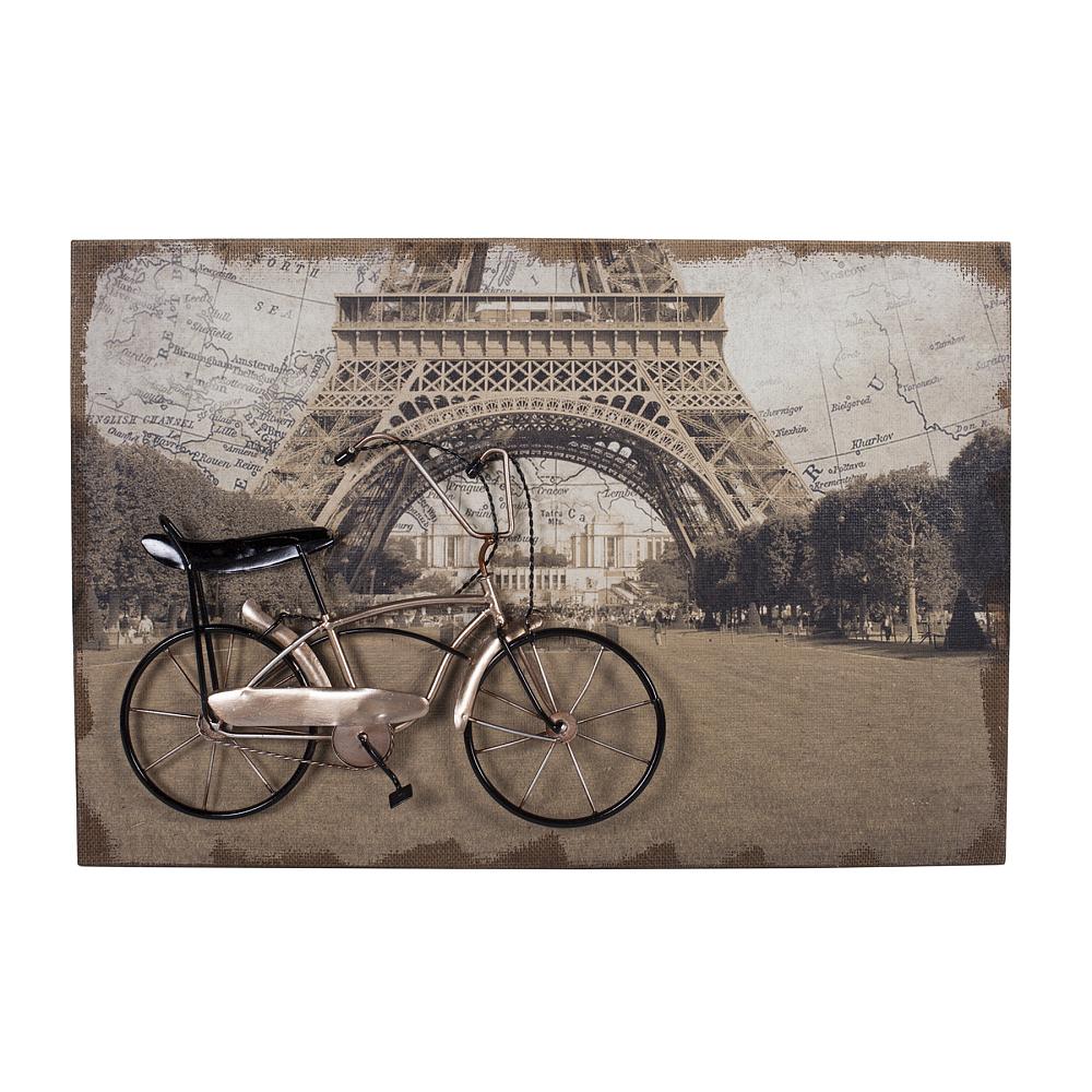 Декоративное настенное панно Paris Story DG-HOME Очарование Парижа в одной картине. Украшать  стены дома остается одним из самых приятных  занятий для создания дополнительного уюта  комнаты и ярких штрихов и деталей. Всем  известно, что голые стены — это скучно.  Да и простыми картинами и постерами давно  никого не удивишь. Если вы готовы к новаторскому  искусству, то панно Paris Story придётся вам  по вкусу. Эта картина выполнена практически  в 3D технике — её можно не только разглядывать  и показывать гостям, но и трогать. Велосипедная  коллекция декоративных панно пользуется  популярностью и представляет собой композицию  из разных техник. Панно выполнено на окрашенном  холсте МДФ. Сверху располагается металлический  велосипед, как символ практически главного  средства передвижения по узким парижским  улочкам. Некоторые детали выполнены также  из ткани. Такое панно добавит декораторской  изюминки в современный интерьер или кантри.