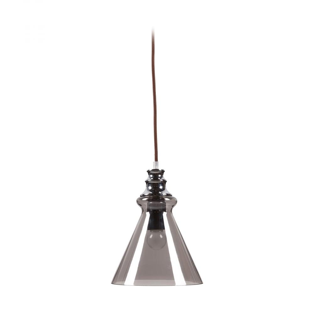 Подвесной светильник LunaПодвесные светильники<br>Необычный подвесной светильник Luna — с <br>хромированным стальным основанием, крепится <br>на тонкой гибкой подвеске. Абажур в виде <br>перевернутого конуса изготовлен из полупрозрачного <br>стекла светло-серого цвета и направляет <br>свет вниз. Светильник надежен, удобен, оригинален, <br>создает уют и хорошее настроение.<br><br>Цвет: Серый, Хром<br>Материал: Металл, Стекло<br>Вес кг: 0,9<br>Длина см: 20<br>Ширина см: 20<br>Высота см: 28