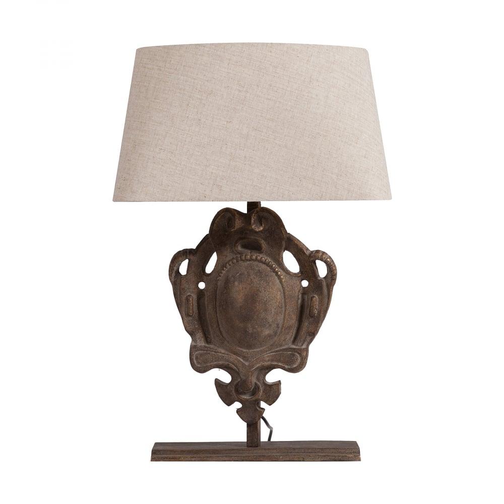 Настольная лампа SonochkaНастольные лампы<br>Элегантная и, в то же время, очаровательная <br>и неповторимая настольная лампа Sonochka непременно <br>украсит любую комнату вашего дома, оформленного <br>как в классическом, так и в современном <br>стиле. Простой абажур бежевого цвета удачно <br>сочетается с необычной ножкой из металла <br>тёмно-коричневого цвета. Благодаря дизайну <br>лампа будет прекрасно сочетаться или контрастировать <br>с другой мебелью.<br><br>Цвет: Бежевый<br>Материал: Металл, Ткань<br>Вес кг: 10,5<br>Длина см: 45<br>Ширина см: 24<br>Высота см: 69