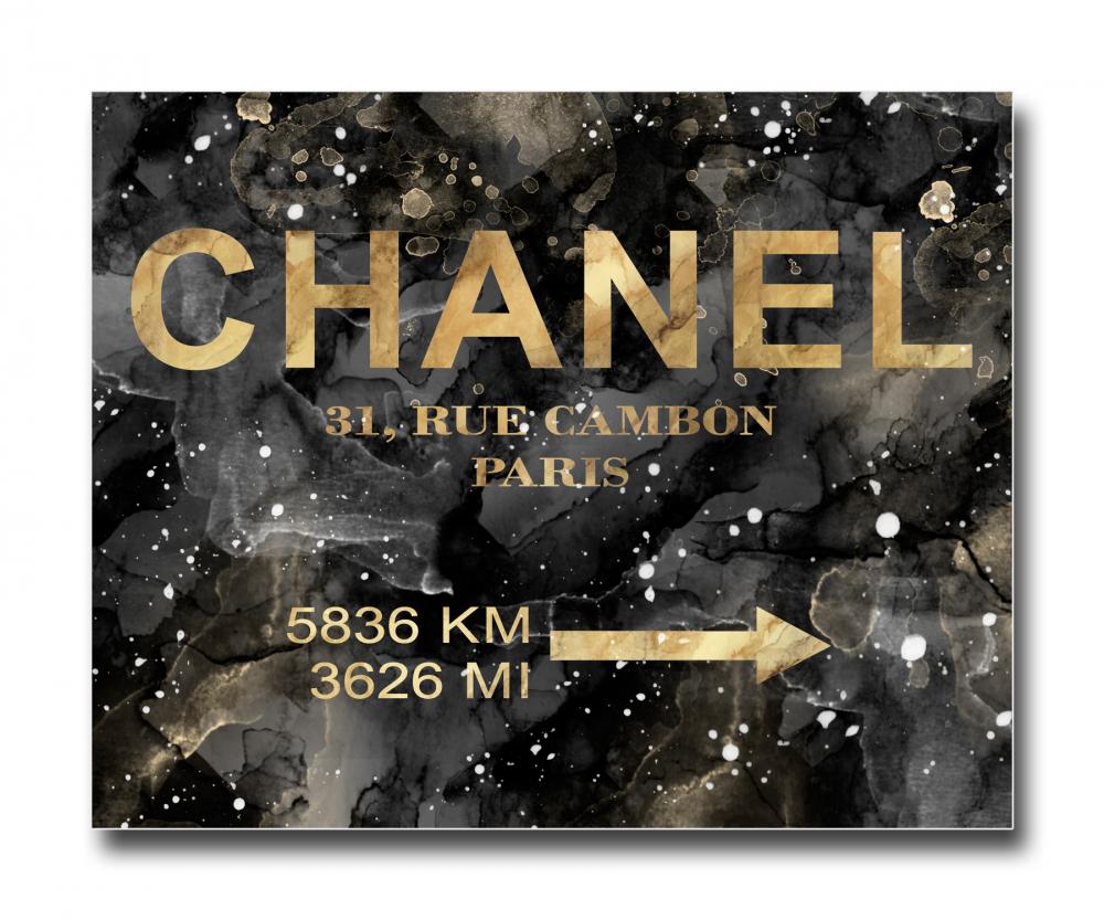 Постер Chanel на чёрном в золотом A4