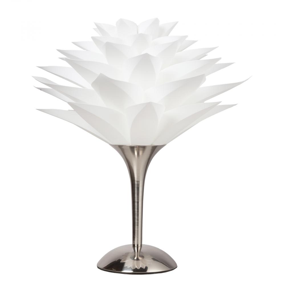 Настольная лампа ArtikНастольные лампы<br>Настольная лампа: белый ПВХ абажур, основание <br>никелированное железо; предназначена для <br>использования со светодиодной лампой Е27-1 <br>лампа (лампа не включена в комплект)<br><br>Цвет: Серый<br>Материал: Металл, ПВХ<br>Вес кг: 2,2<br>Длина см: 30<br>Ширина см: 30<br>Высота см: 35
