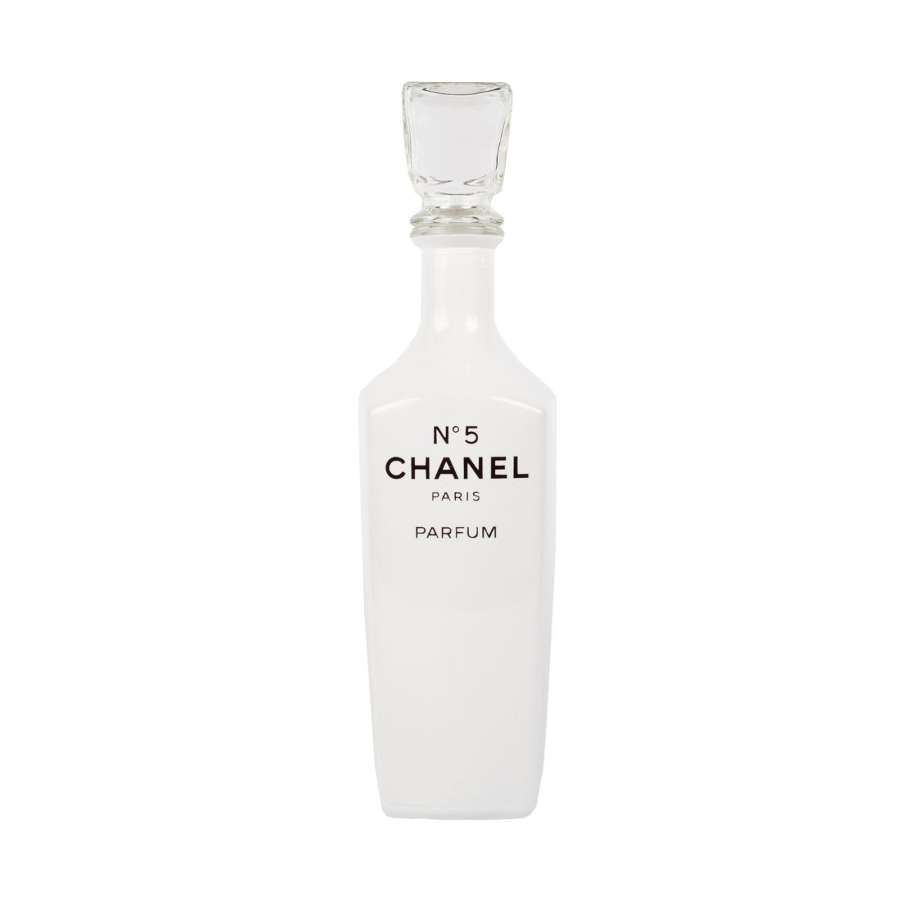 Купить Бутыль Chanel big ben White в интернет магазине дизайнерской мебели и аксессуаров для дома и дачи