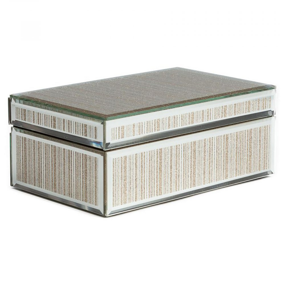 Зеркальная шкатулка (коробка) Antiqued прямоугольнаяШкатулки и подставки для украшений<br>Декоративная коробка зеркальная: основание <br>МДФ<br><br>Цвет: Зеркальный<br>Материал: МДФ, Зеркало<br>Вес кг: 1<br>Длина см: 21,5<br>Ширина см: 12,5<br>Высота см: 8,5