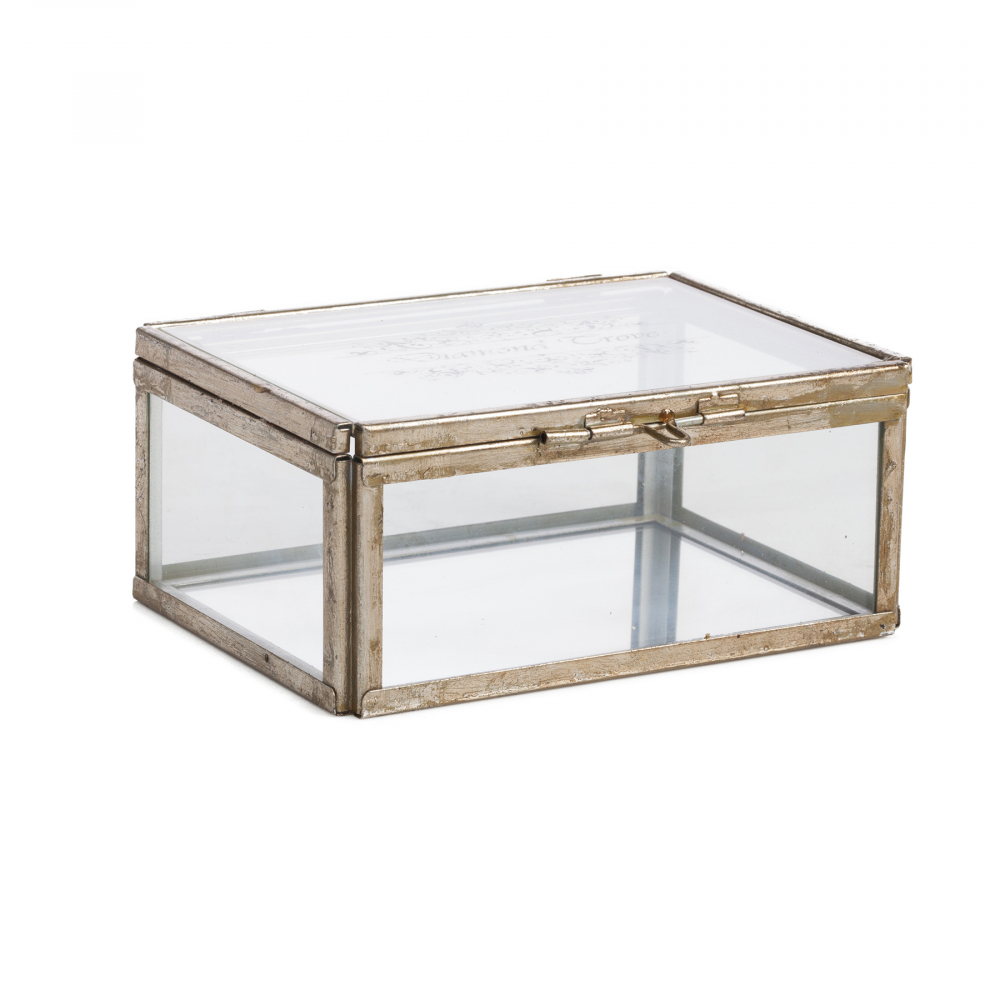 Стеклянная шкатулка (коробка) для ювелирных Шкатулки и подставки для украшений<br><br><br>Цвет: Прозрачный<br>Материал: Стекло, Металл<br>Вес кг: 0,89<br>Длина см: 16,5<br>Ширина см: 13<br>Высота см: 9